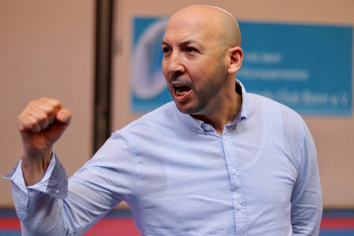 Aziz Acharki - Interview: Stefan Gottschalk / Fotos: MEDIABEL | Fotoservice