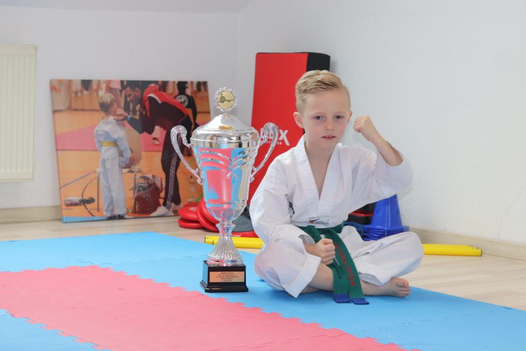Maximilian-Etienne Gottschalk (Taekwondo) / Projekt22 – Das Ziel heißt Deutsche Meisterschaft!